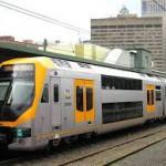 鉄道のシドニー空港特別料金を擁護